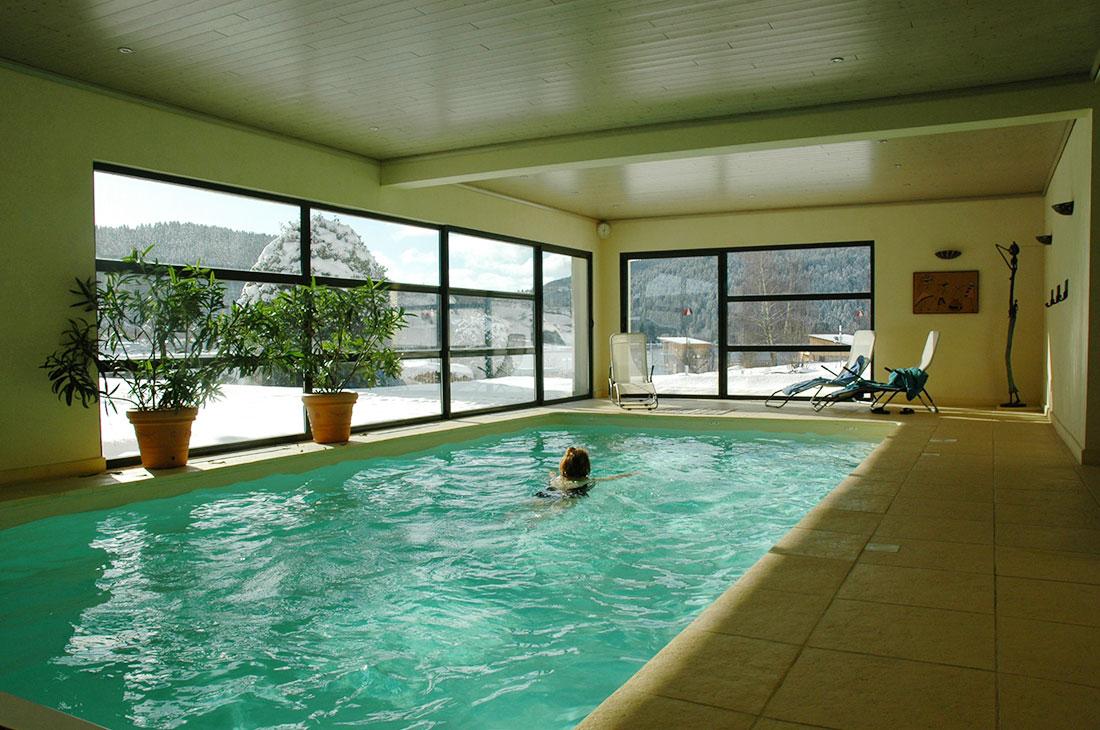 Le chalet de warren la piscine int rieure chauff toute for Chauffe piscine
